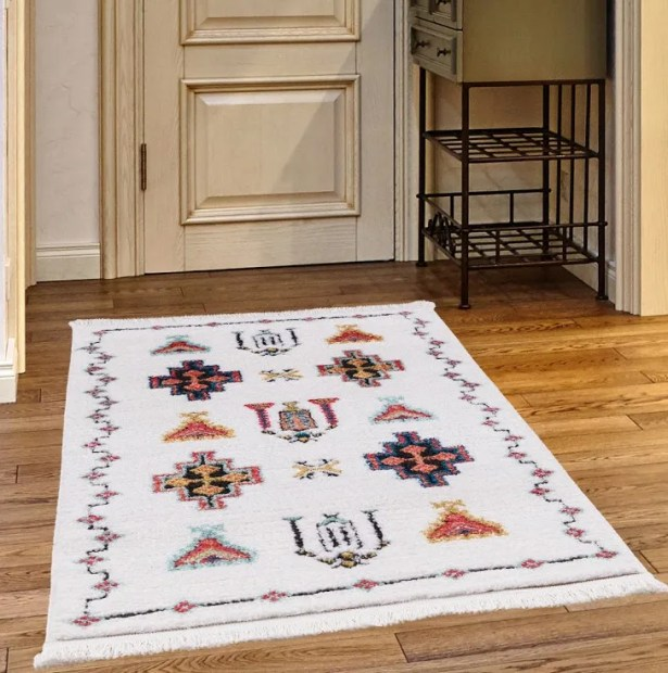Rheba White Area Rug Rug Size: Rectangle 3'9