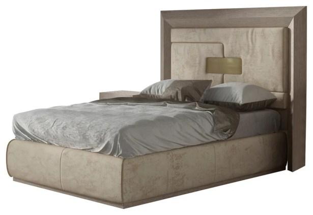 Berkley Platform Bed Size: Queen