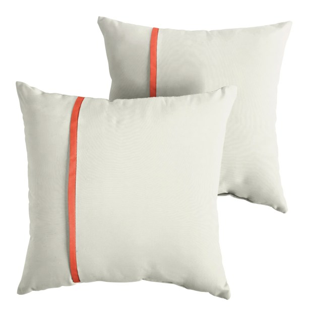 Hollon Indoor/Outdoor Sunbrella Throw Pillow Size: 18