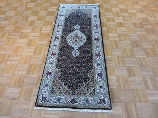 One-of-a-Kind Raiden Hand-Knotted Black Area Rug Rug Size: Runner 2'7