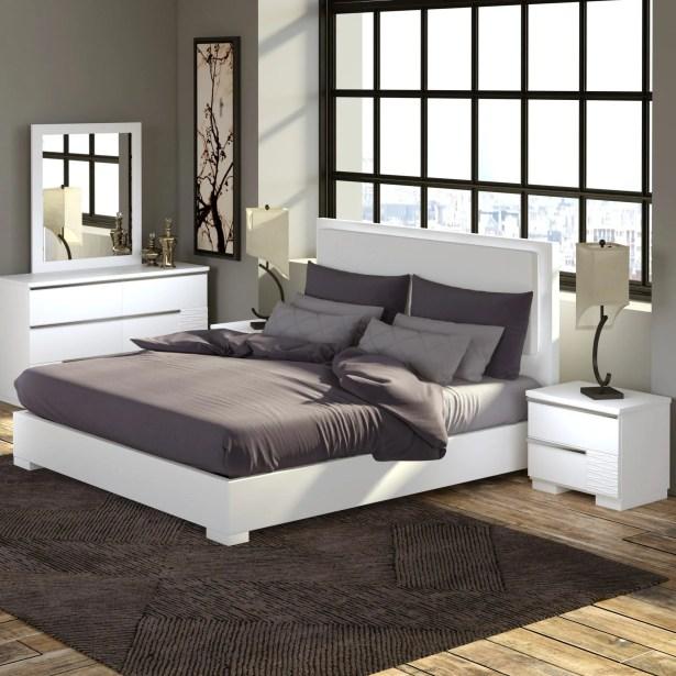 Fenner Platform 5 Piece Bedroom Set Size: Queen