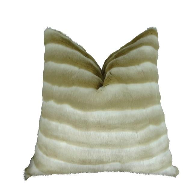 Jozwiak Wild Chinchilla Faux Fur Pillow Size: 22