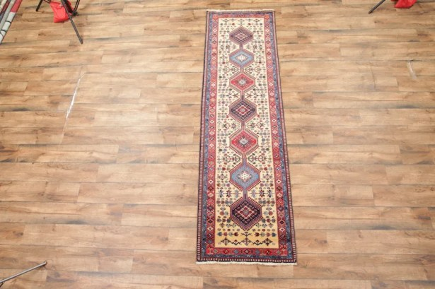 One-of-a-Kind Gerdes Yalameh Shiraz Persian Traditional Hand-Knotted 2'9