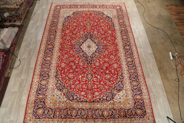 One-of-a-Kind Medallion Kashan Persian Classical Vintage Hand-Knotted 9'8