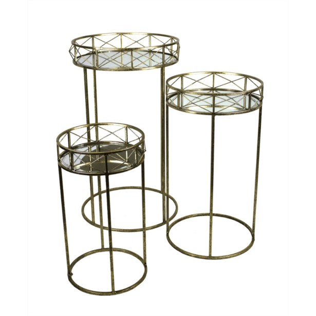Kalb Appealing and Flashy Metal 3 Piece Nesting Tables
