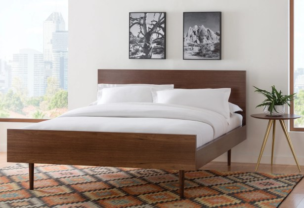 May Platform Bed Size: Queen, Color: Walnut