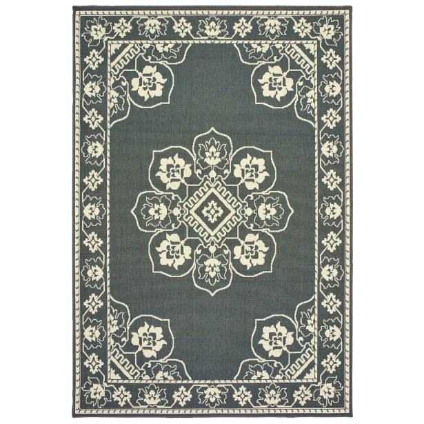 Salerno Floral Medallion Gray/Ivory Indoor/Outdoor Area Rug Rug Size: Rectangle 7'10
