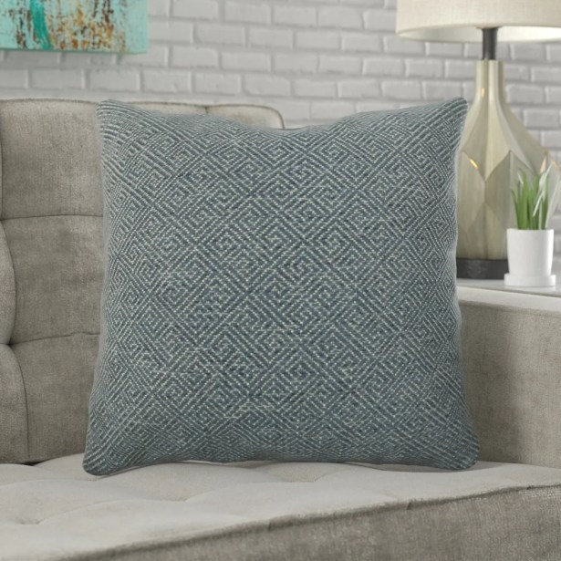 Mcmann Drenched Over Pillow Fill Material: H-allrgnc Polyfill, Size: 22