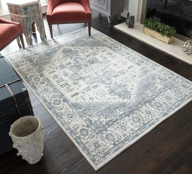 Park Classic Ivory/Grey Area Rug Rug Size: Rectangle 2' x 6'5
