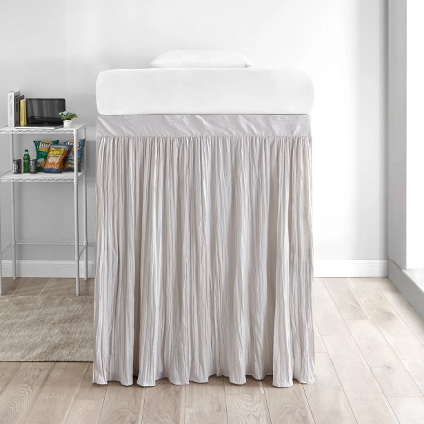 Jordyn Crinkle 3 Panel Bed Skirt Set Color: Jet Stream, Size: Twin XL Extended