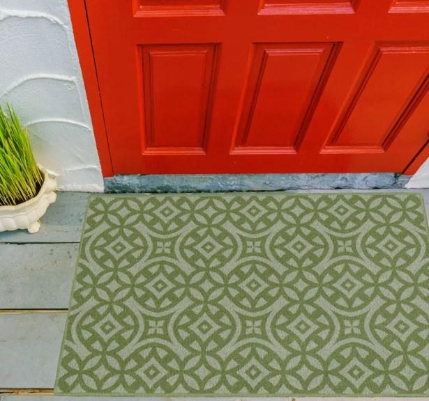 Mendoza Trellis Green Area Rug Rug Size: Rectangle 7'6