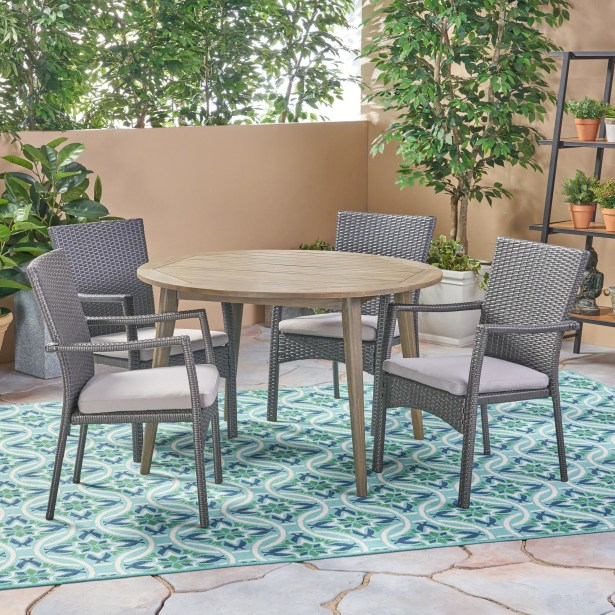 Briar Outdoor 5 Piece Dining Set with Cushions Color: Gray, Cushion Color: Gray