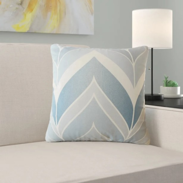 Yvaine Chevron Cotton Pillow Size: 22
