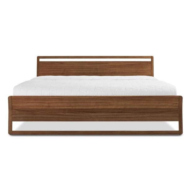 Woodrow Platform Bed Size: King, Color: Walnut
