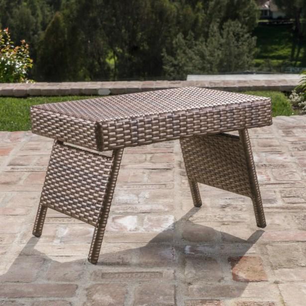 Ellington Circle Outdoor Foldable Wicker Side Table Color: Mix Mocha