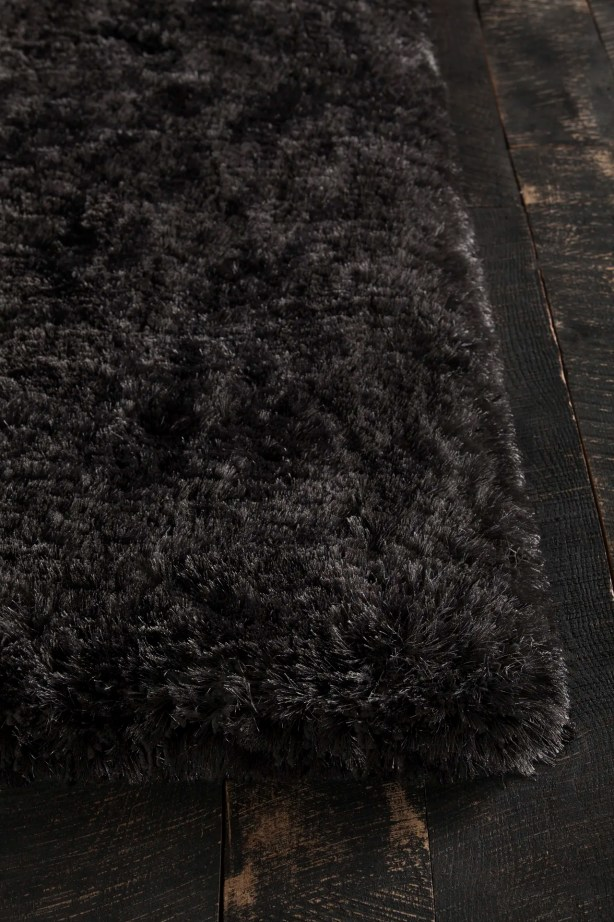 Joellen Black Area Rug Rug Size: Rectangle 7'9