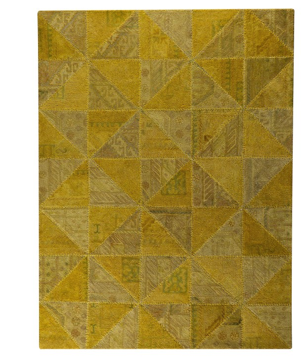 Acevedo Light Gold Area Rug Rug Size: 6'6