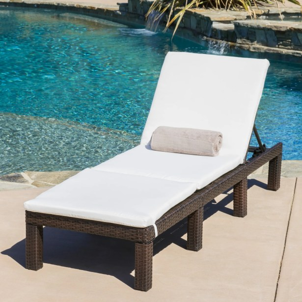 Westfield Chaise Lounge with Cushion