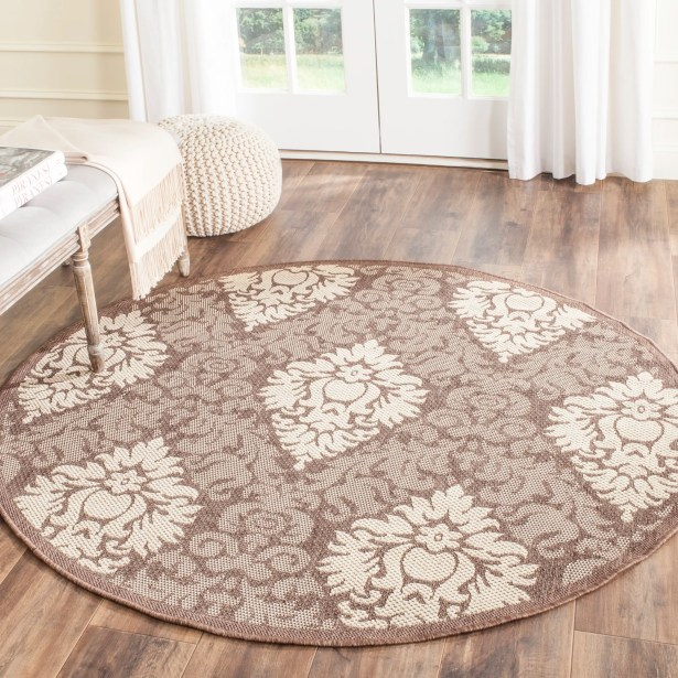 Short Transitional Outdoor Rug Rug Size: Round 6'7
