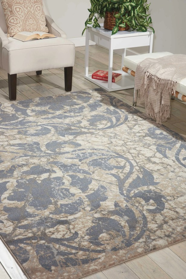 Aberdeen Ivory/Blue Area Rug Rug Size: Rectangle 7'10