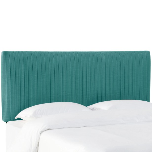Sanford Pleated Upholstered Panel Headboard Size: Queen, Upholstery: Laguna