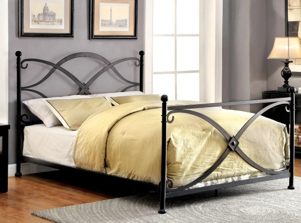 Baden Panel Bed Size: California King