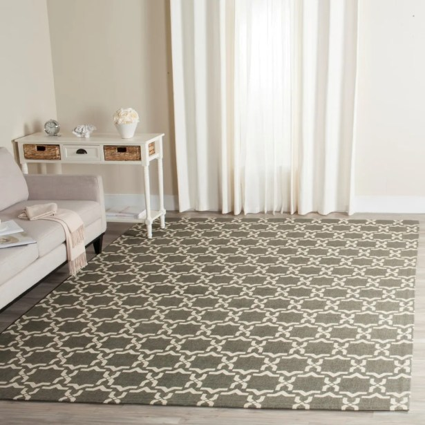 Charing Cross Hand-Woven Area Rug Rug Size: Rectangle 5' x 8'