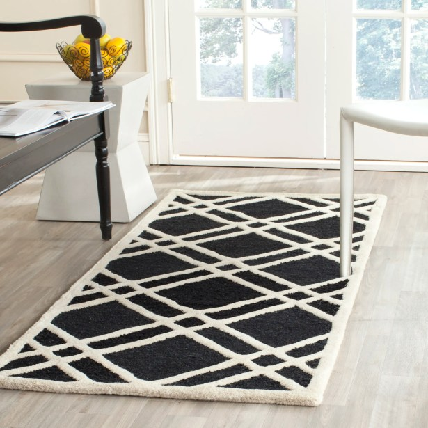 Martins Hand-Tufted Wool Area Rug Rug Size: Runner 2'6