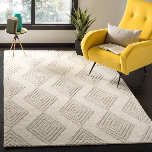 Pizano Hand-Woven Wool Ivory/Silver Area Rug Rug Size: Rectangular 4' x 6'