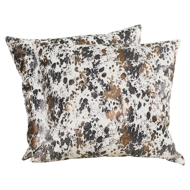 Busselton Throw Pillow Size: 24