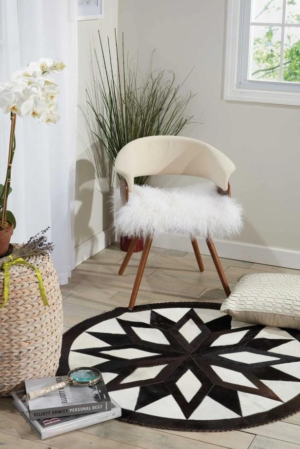 Arcata White/Brown Area Rug
