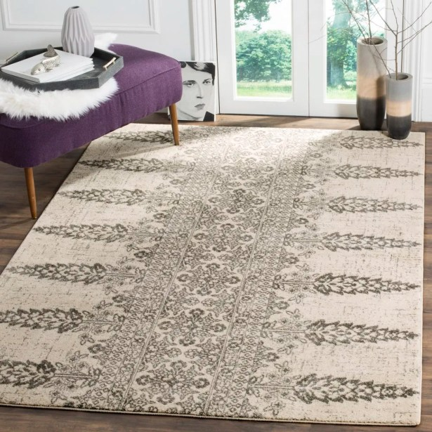Elson Ivory/Silver Area Rug Rug Size: Rectangle 4' x 6'