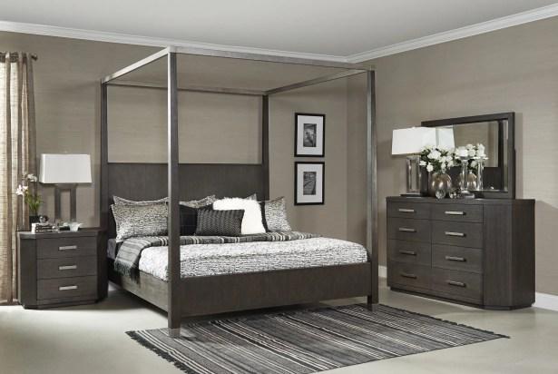 Tribeca Studio Canopy Bed Size: California King