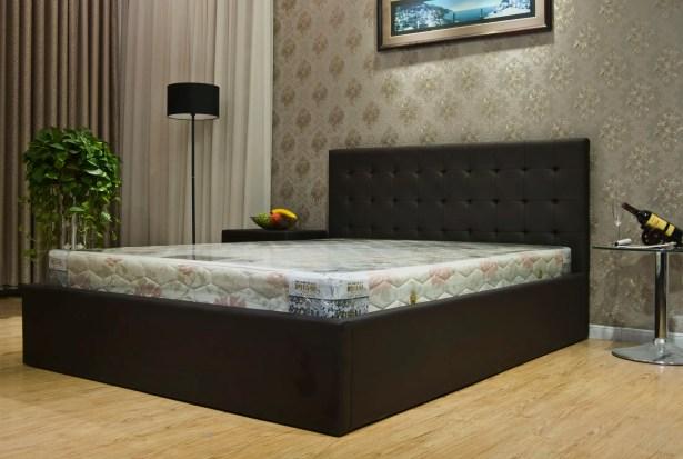Upholstered Storage Platform Bed Size: King, Color: Dark Brown