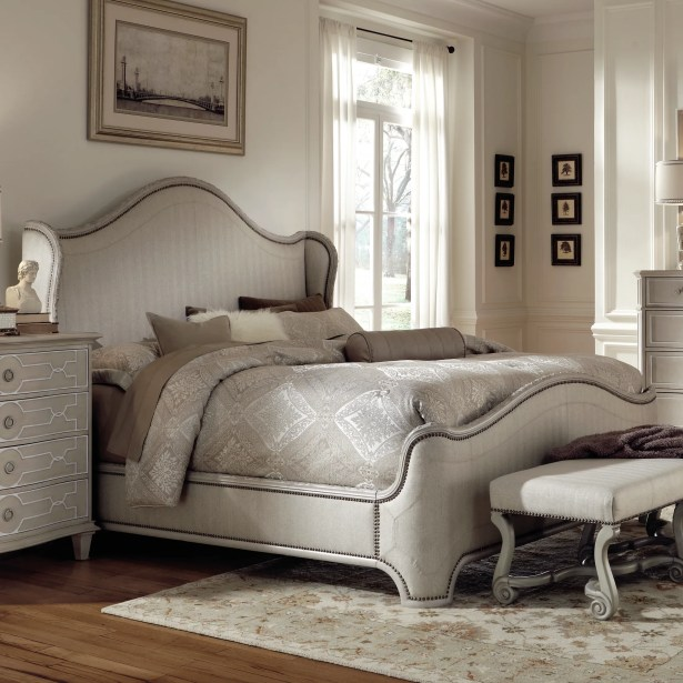 Clevinger Upholstered Panel Bed Size: Queen