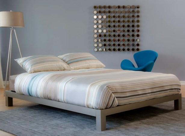 Giacinto Platform Bed Size: King