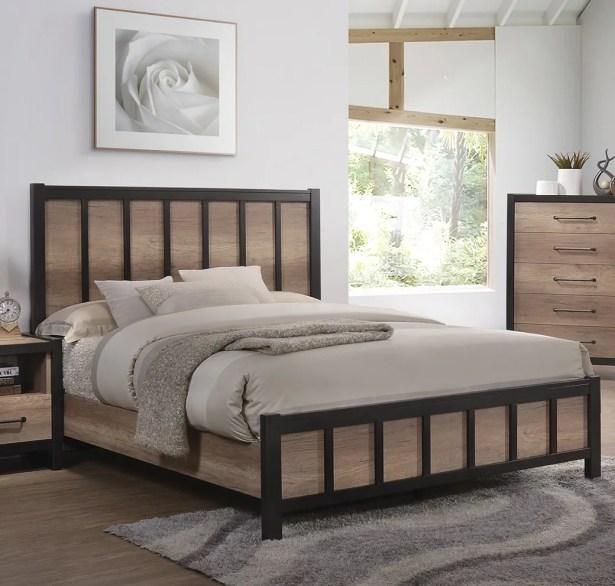Washam Panel Bed Size: King