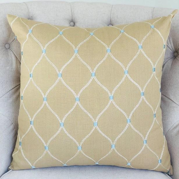 Ballenger Handmade Luxury Pillow Size: 20