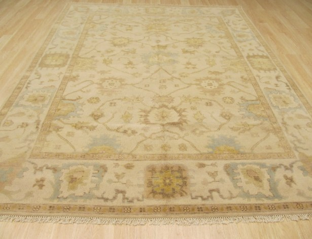 Morgan Hand Knotted Ivory Area Rug Rug Size: 10' x 14'