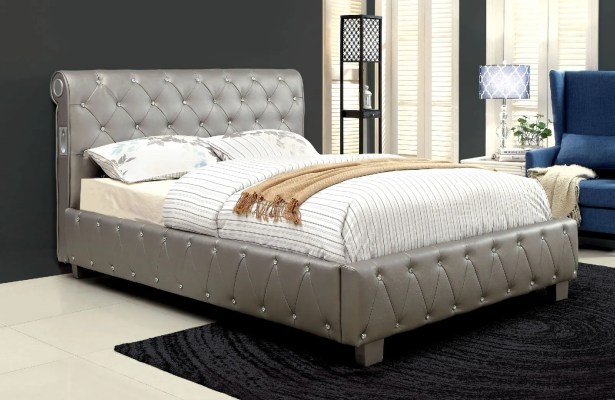Tyson Upholstered Platform Bed Size: California King, Color: Silver