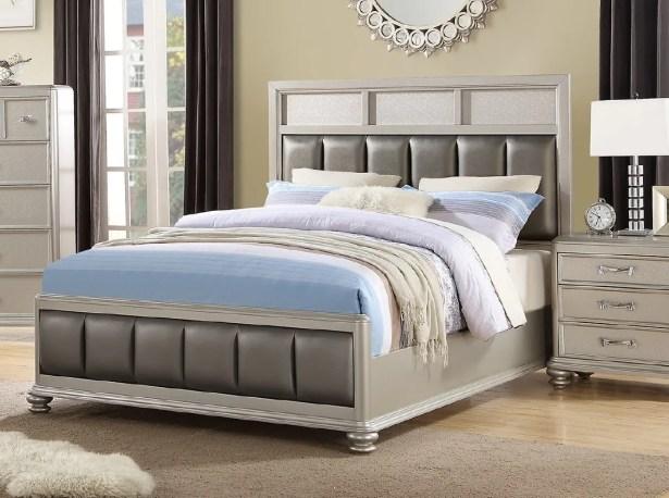 Barnes Upholstered Platform Bed Size: Queen