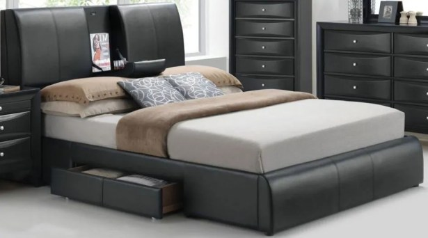 Horsley Platform Bed with Storage Size: Queen