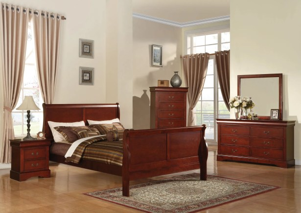 Trafford Sleigh Bed Size: Califonia King, Color: Cherry