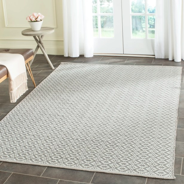 Whobrey Hand Woven Ivory/Gray Area Rug Rug Size: Rectangle 4' x 6'