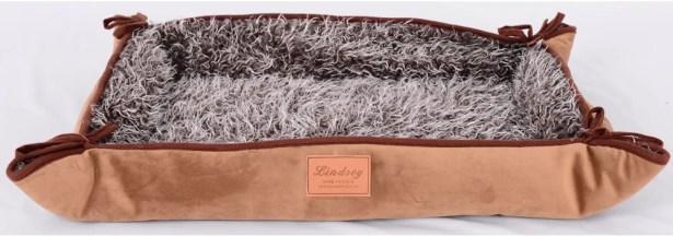 Faux Lamb Fur Magic Dog Bed Color: Brown