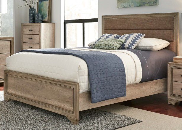 Payne Upholstered Panel  Bed Size: Queen