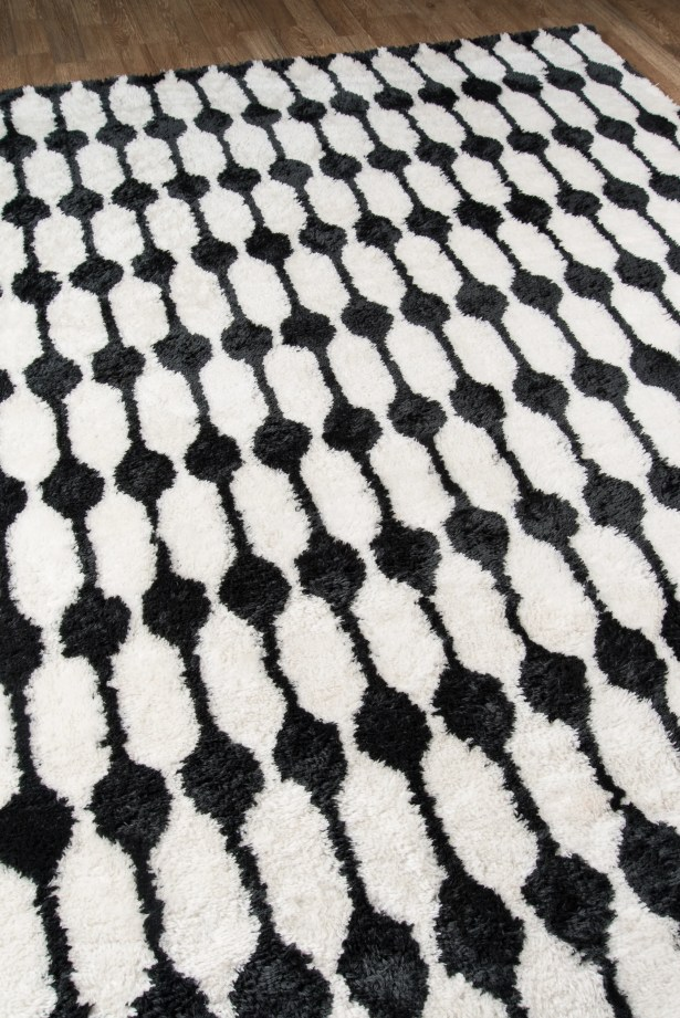 Hand-Tufted Black/White Area Rug Rug Size: Rectangle 3'6