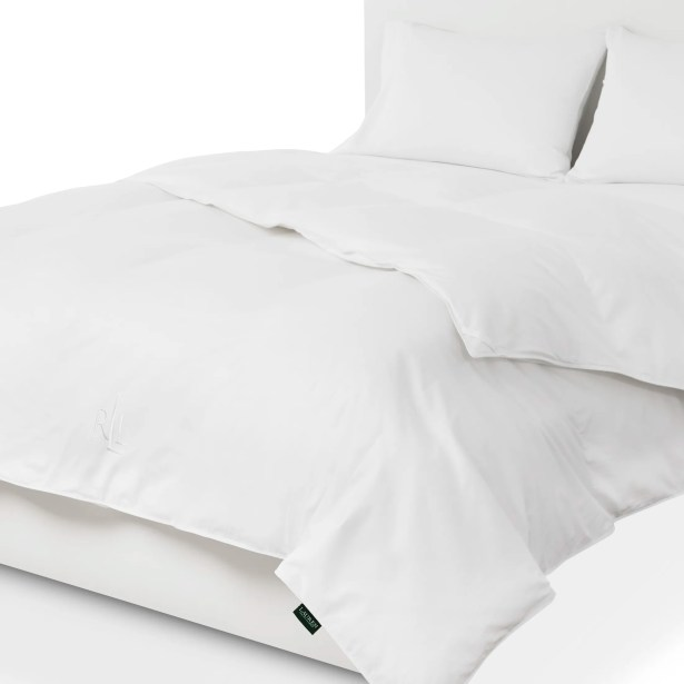 All Season Goose Down Comforter Bed Size: Full / Double