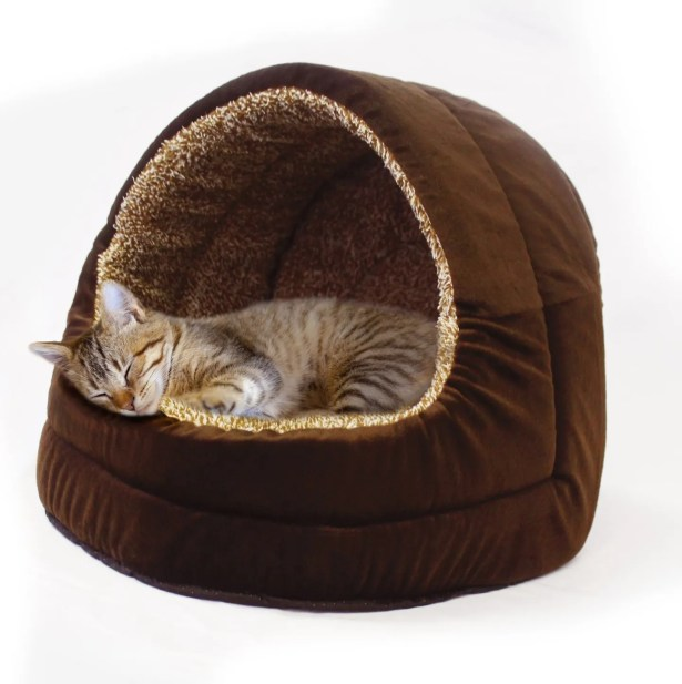 Lakeisha Premium Plush Hooded Pet Bed