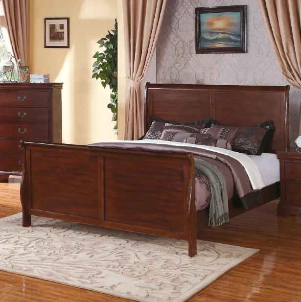 Bois Sleigh Bed Color: Dark Walnut, Size: Queen